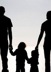MARTESA DHE FAMILJA E KRISHTERË-Motra Magdalen